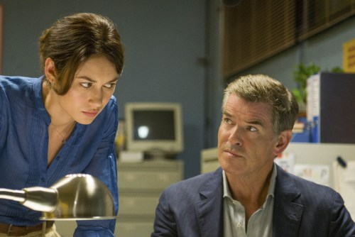photo-The-November-Man-Olga Kurylenko, Pierce Brosnan