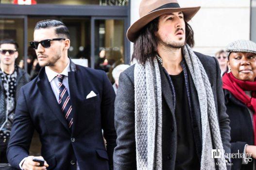 Porter une écharpe avec style