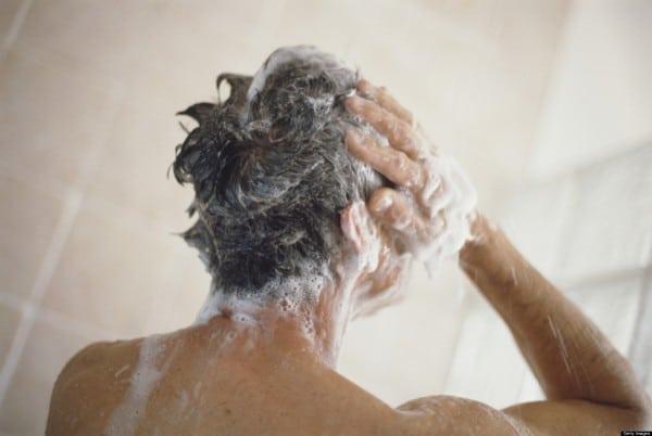 Quels shampoings hommes utiliser pour laver ses cheveux ? Conseils