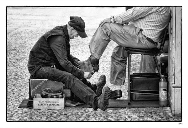 Cireur de chaussures / critiquephoto.com