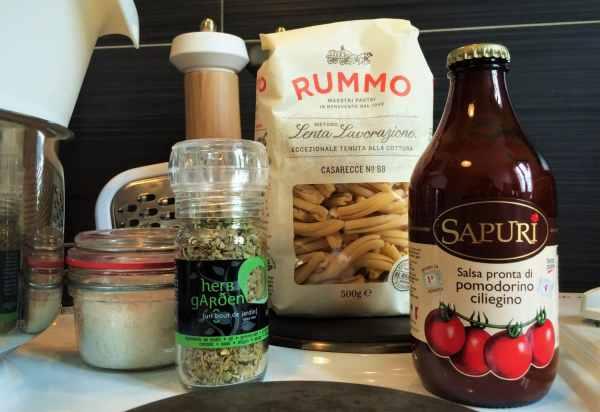Pâtes originales italienne et sauce tomate cerise