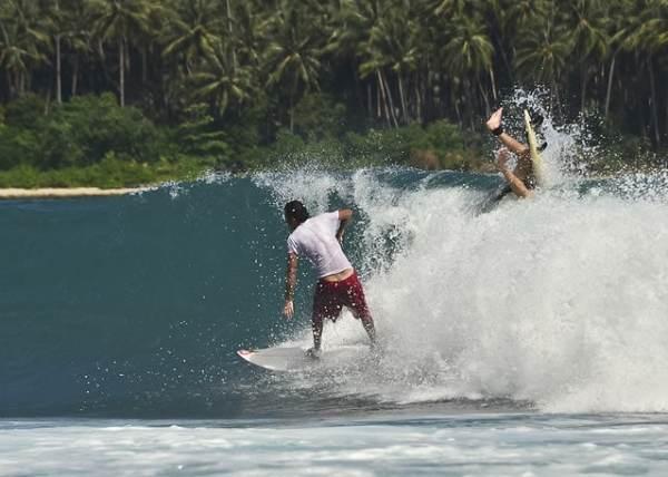 Pulau Surf