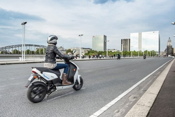 CITYSCOOT: SCOOTERS ÉLECTRIQUES EN LIBRE SERVICE A PARIS