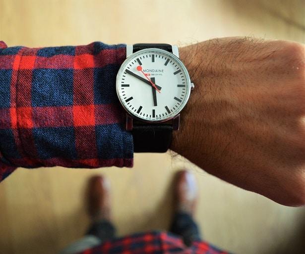montre-mondaine
