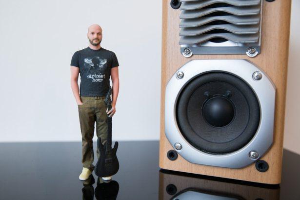 figurines 3D réalistes homme musicien