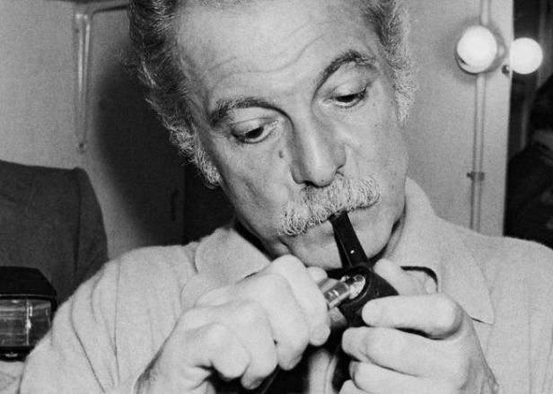 Georges Brassens et sa pipe en 1976 / Photo: Francis pesteguy/0908111614