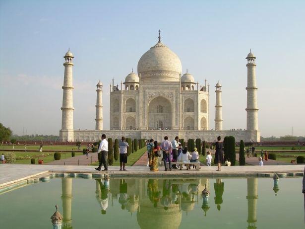 Taj Mahal, un pèlerinage pour les Indiens