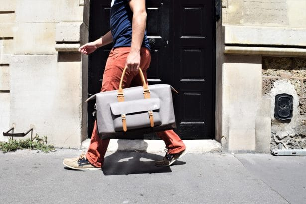Le sac Vacanza high-tech de très haute qualité by Moshi