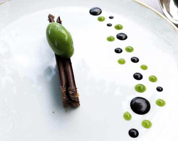 Le meilleur dessert de ma vie chocolat, persil et cassis