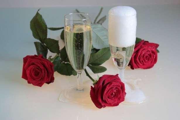 Accompagné votre repas d'une petite coupe de champagne