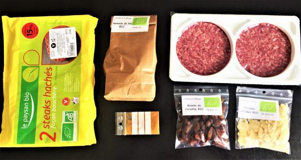 Tous les ingrédients bio et bons pour la préparation des boulettes par Caisse qu'on Mange