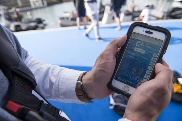 Rester connecté à son bateau avec l'application mobile Zodiac