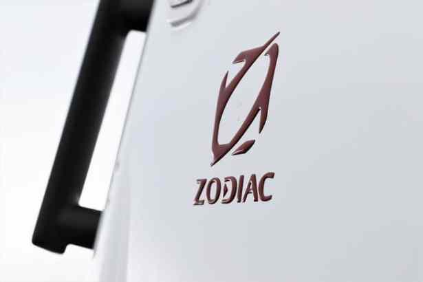 Zodiac lance le nouveau Open 5.5, le couteau suisse des semi-rigides