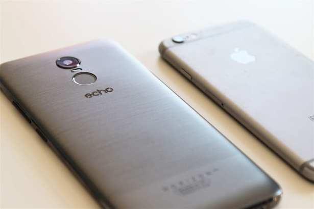 test-smartphone-echo-horizon-lite-plus-grand-ecran-versus-iphone