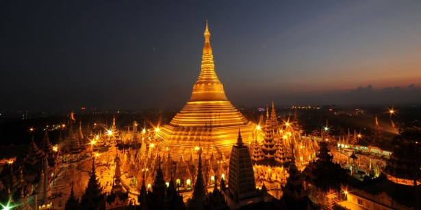 Pagode Shwedagon, Yangon, Birmanie de nuit - photo Tripadvisor