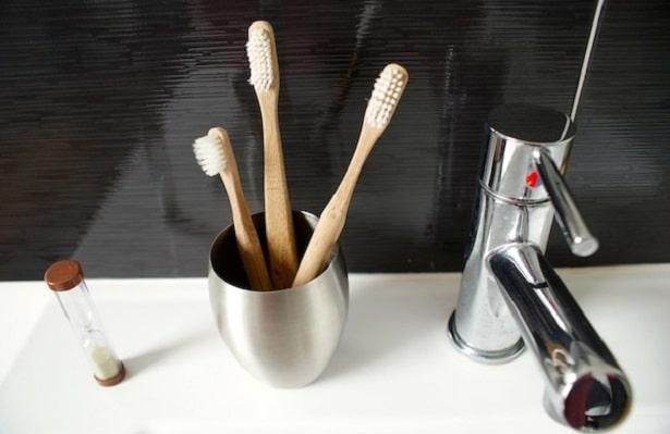 brosse-dent-bambou-pourquoi-choisir-verre-615x399