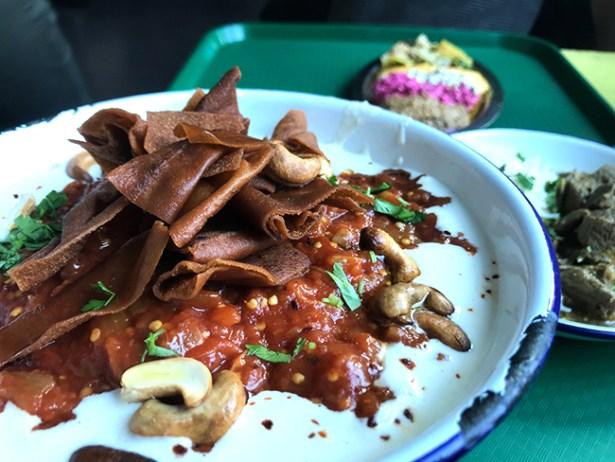 restaurant-paris-cuistots-migrateurs-plat-vegetarien