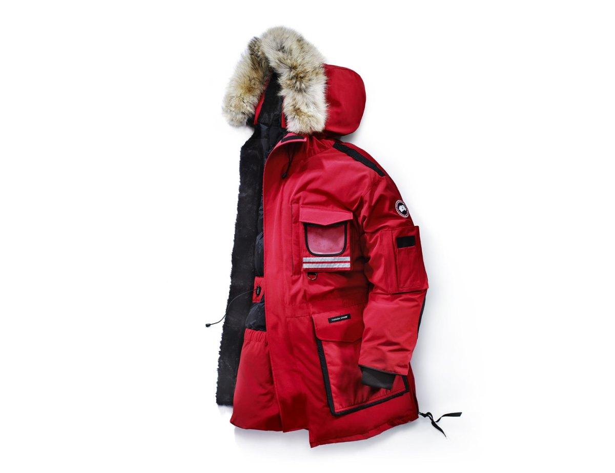 Snow Mantra, parka de référence de la marque : a été conçu pour répondre aux besoins des travailleurs de l'Arctique canadien