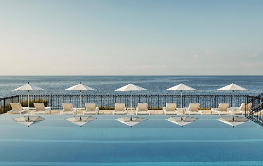 Piscine du Club Dauphin du Grand Hôtel du Cap Ferrat ©Four-Seasons-Hotels