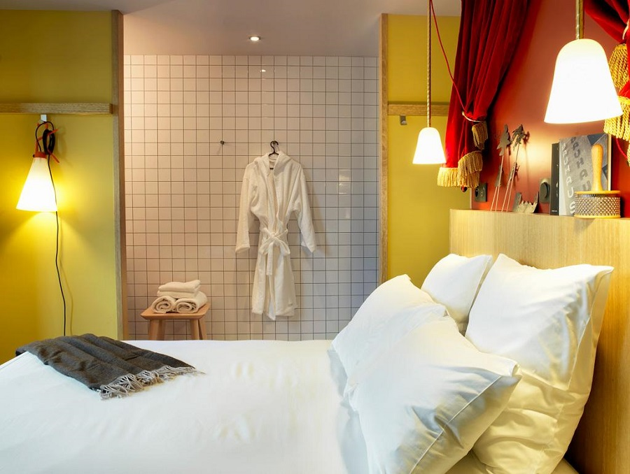Chambre MOB Hotel Paris - ©Paul Bowyer