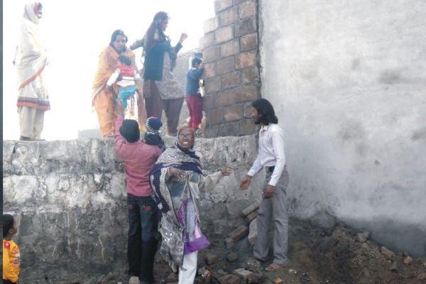 Christians of Khana Dak