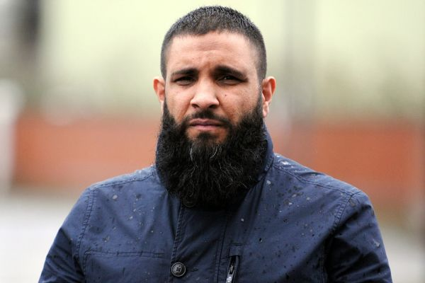 British-Muslim off-loaded from flight for having a beard