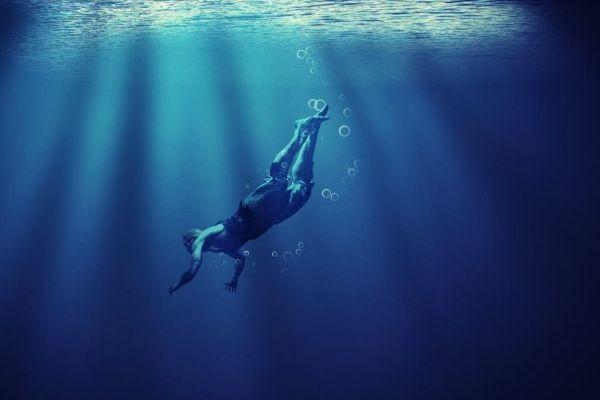 Dive The Underwater