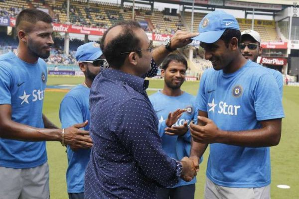 Virender Sehwag handed over the India cap to Jayant Yadav.