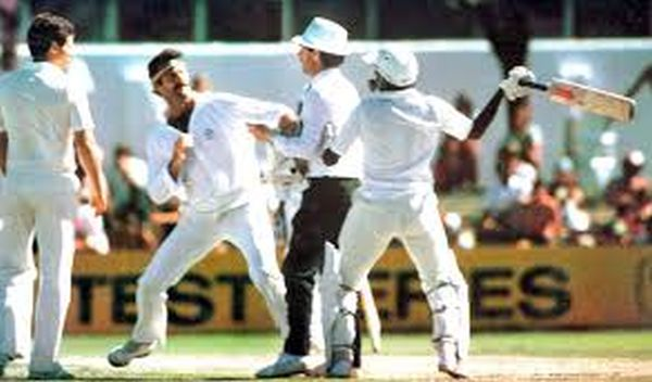 Javed Miandad Fight
