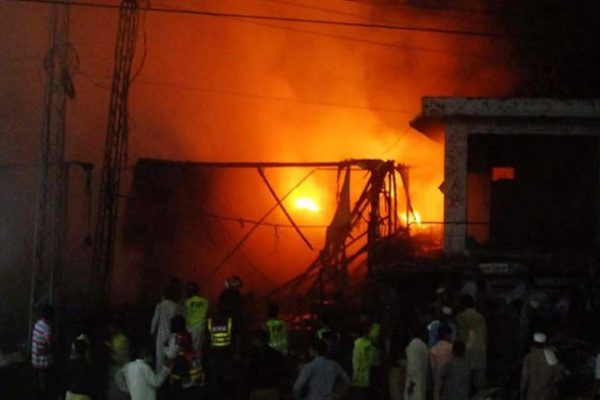 Leather warehouse caught fire in Lahore