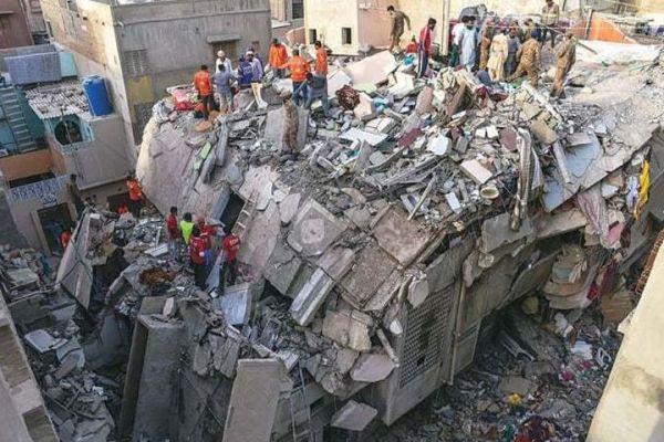Karachi building collapse