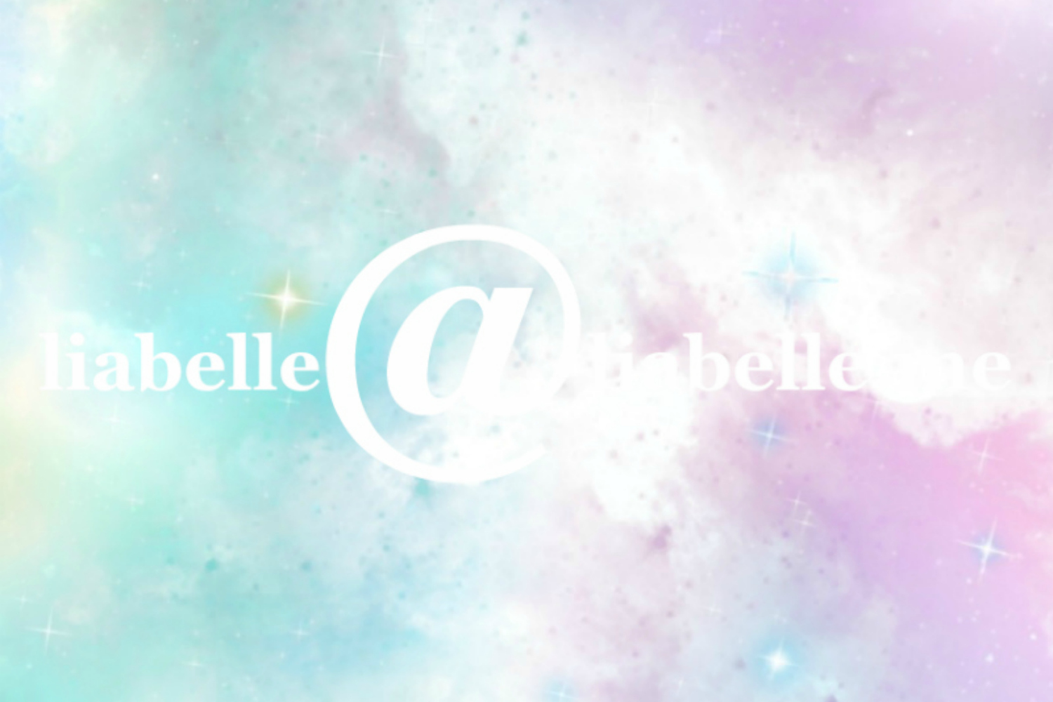 Get in contact with Lia Belle of LiaBelle.me