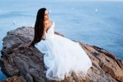 Bride and groom Santorini wedding