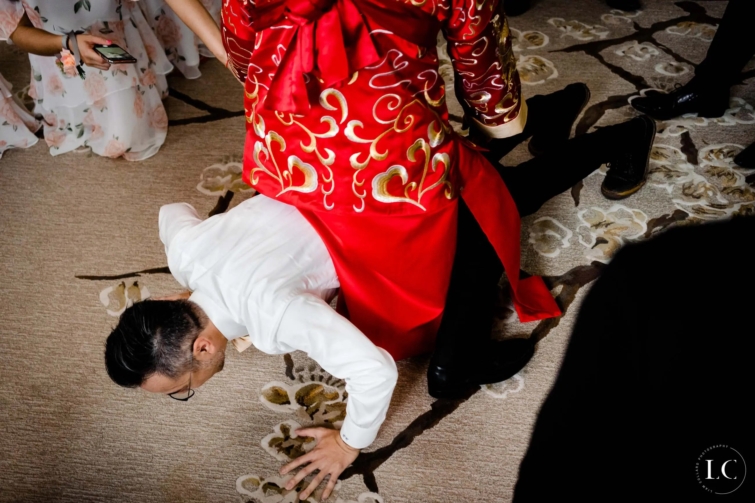 Guests playing at Hong Kong wedding