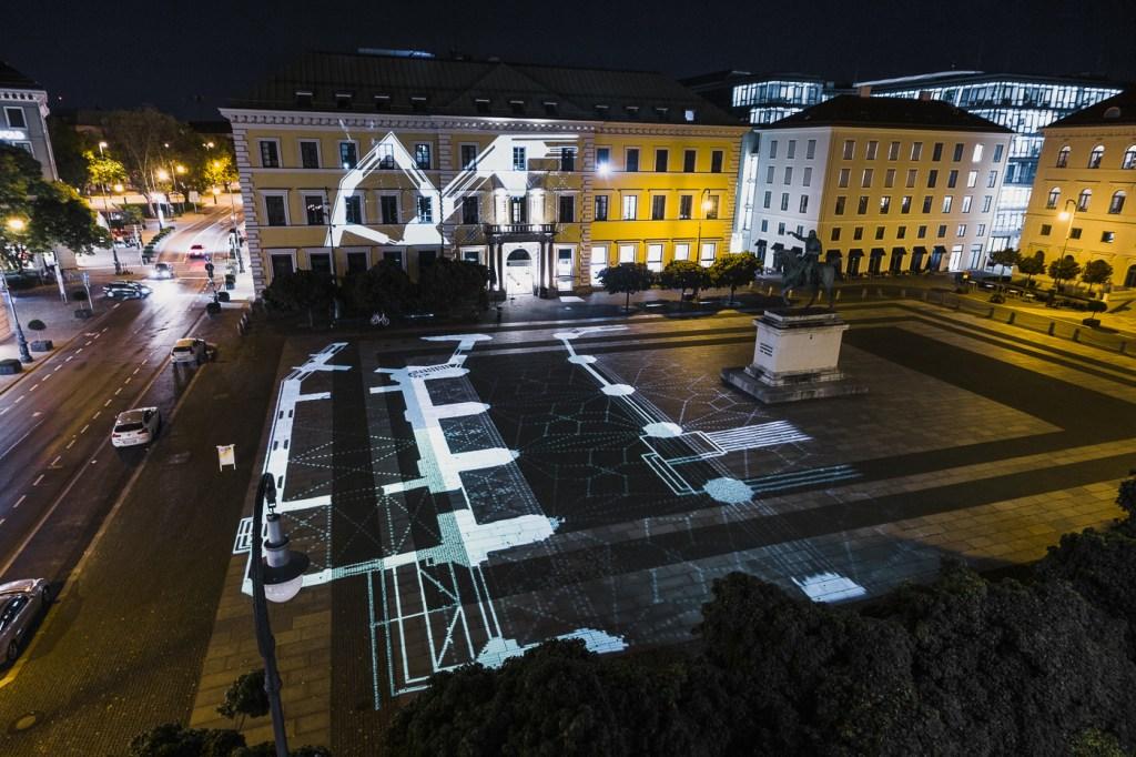 Installation view, floor plan of Frauenkiche, Munich
