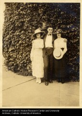 ACUA Photo Collection, 'Jack Holds His Own,' ca. 1920