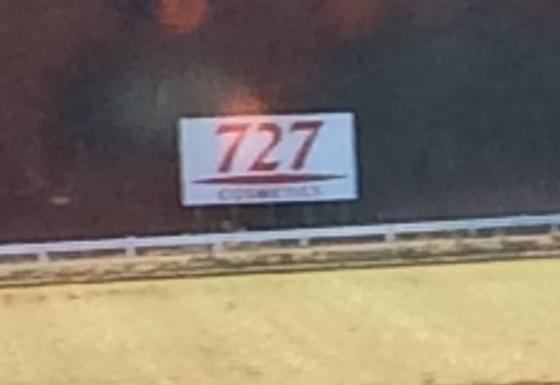 727と書いてありますね