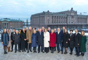 Den nya regeringen Löfven uppställd på Lejonbacken utanför Stockholms slott den 21 januari 2019.