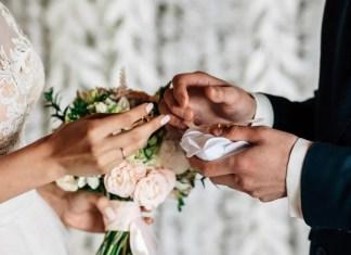Sedriano, il vicesindaco distratto si dimentica di celebrare un matrimonio: sposa in lacrime, ira delle famiglie