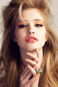 liberata dolce monochromatic makeup beauty spring 2016 peach violet bronze red metallic pink coral orange