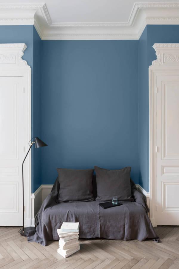 velours de peinture couleur bleu de nimes