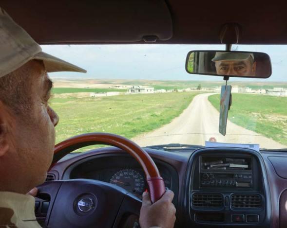A distanza, l'area ancora sotto il controllo dello Stato Islamico. (Masqalat, a pochi km da Mosul, Iraq)