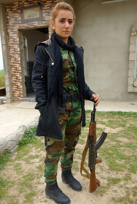 Guerrigliera curda