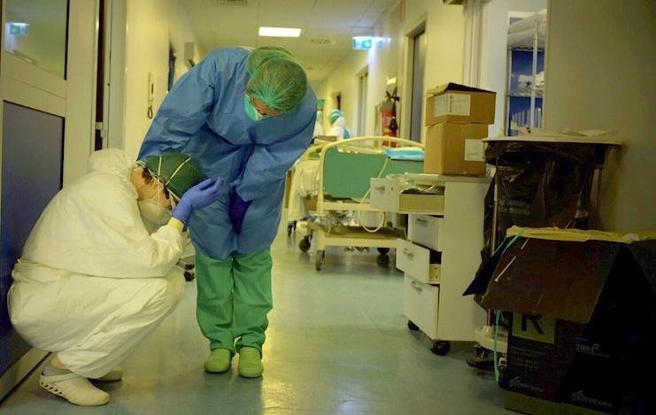 Siracusa. Il covid ritorna all'Umberto I: «Positivi 8 infermieri e 2 medici»  - Libertà Sicilia