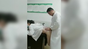 Breaktime Sex ni Doc - Kailangan daw muna magpa Raos