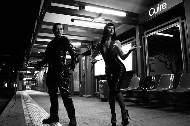 janol-apin-sola-photo-photographe-station-metro-scene-humour2