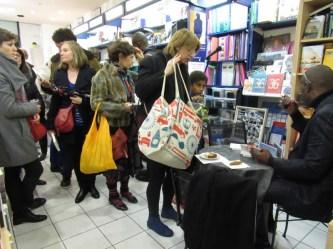 alain mabanckou rencontre son public à la librairie Maruani