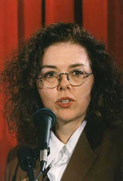 Laurie Garrett