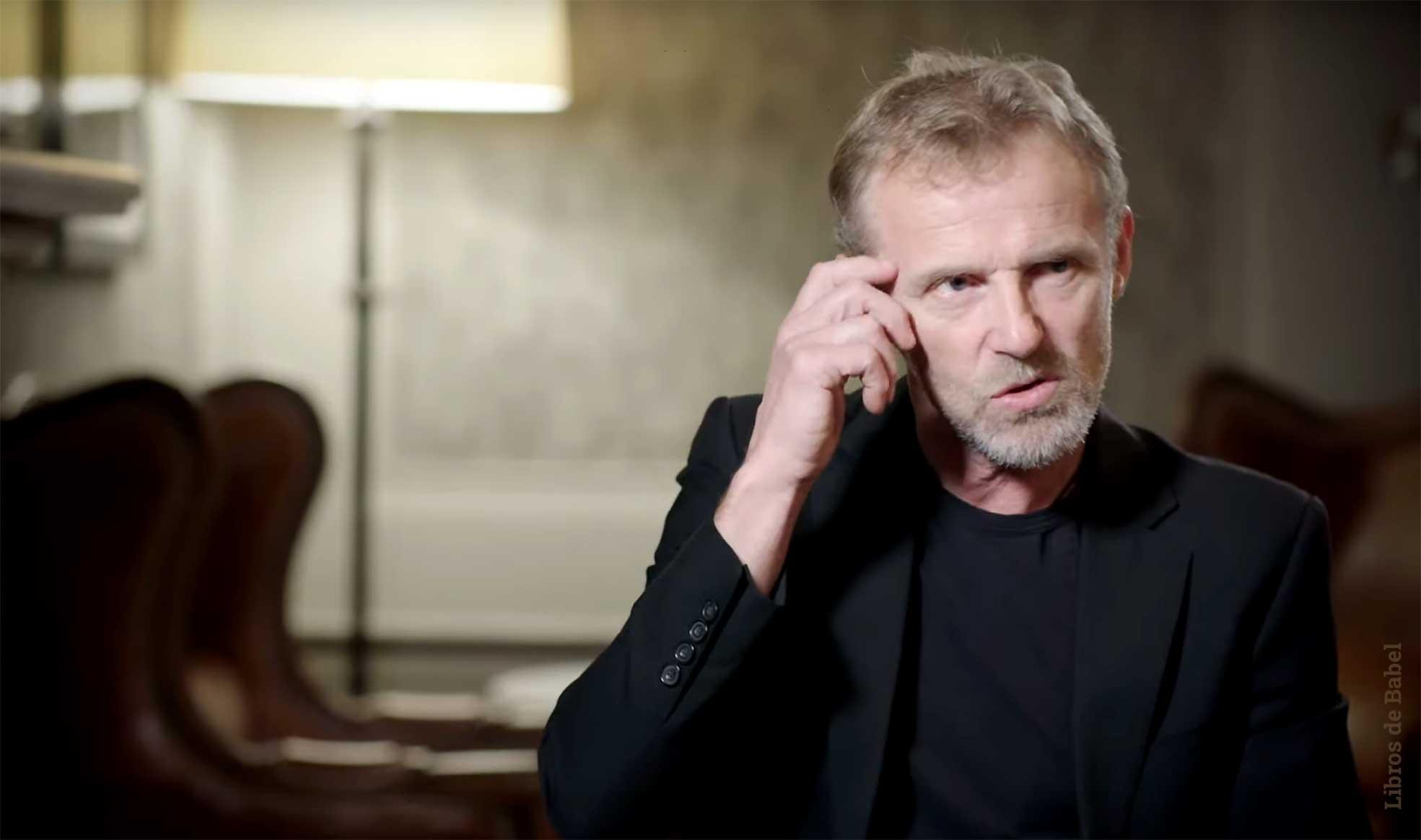 Jo Nesbø deja descansar a Harry Hole y se pone bíblico en 'El reino', su nueva novela