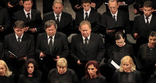 bozicni, zbor Opere